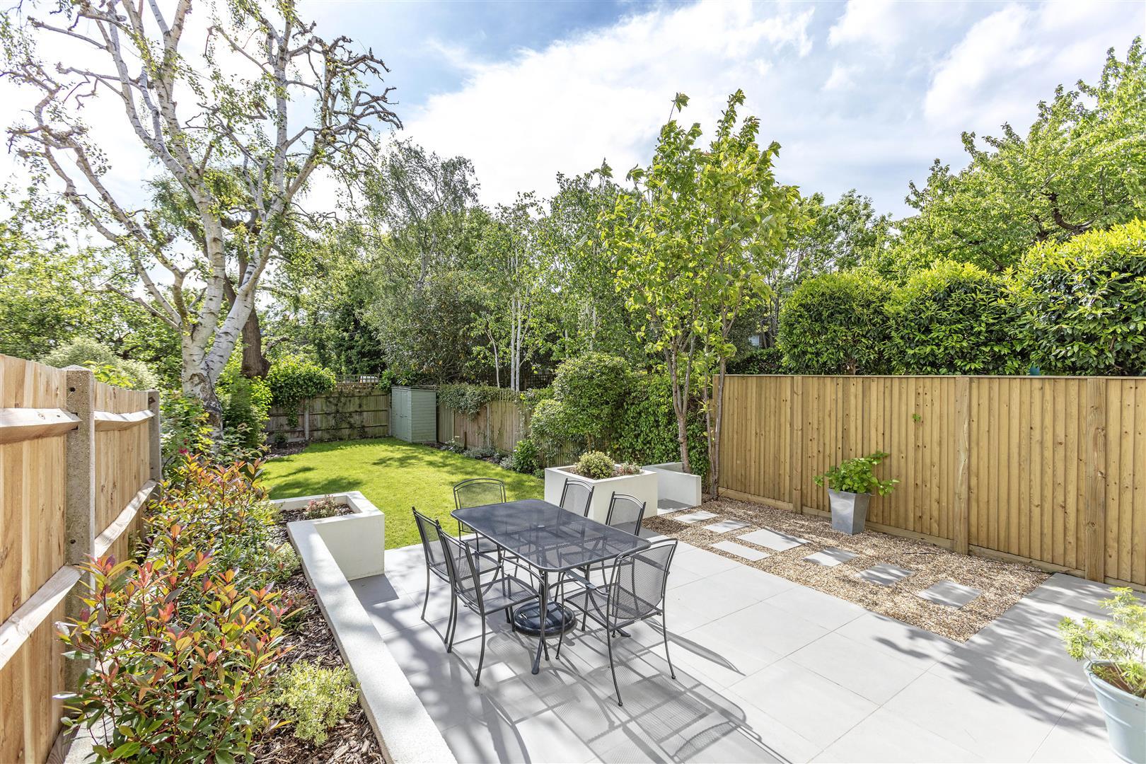 Kenilworth Avenue, Wimbledon - Andrew Scott Robertson